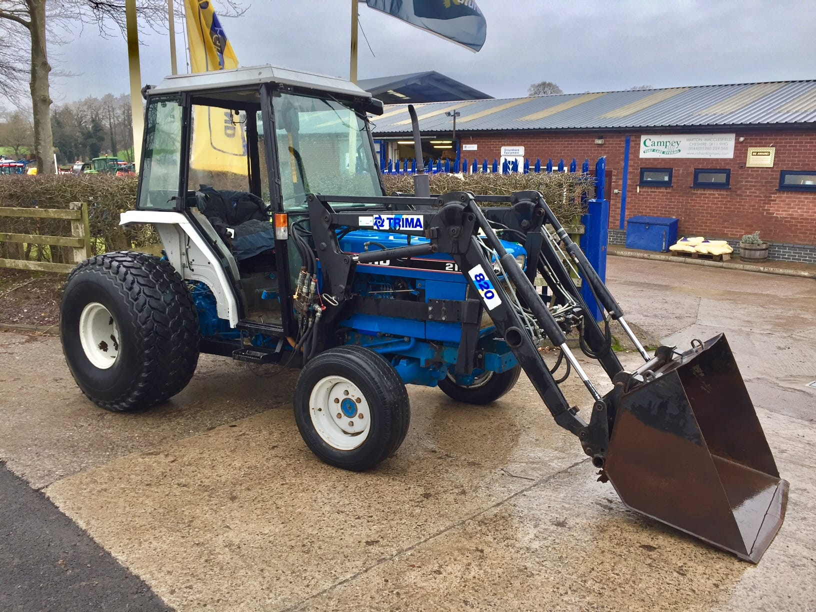 Ford 2120 Tractor : Used products tractors campey turf care systems