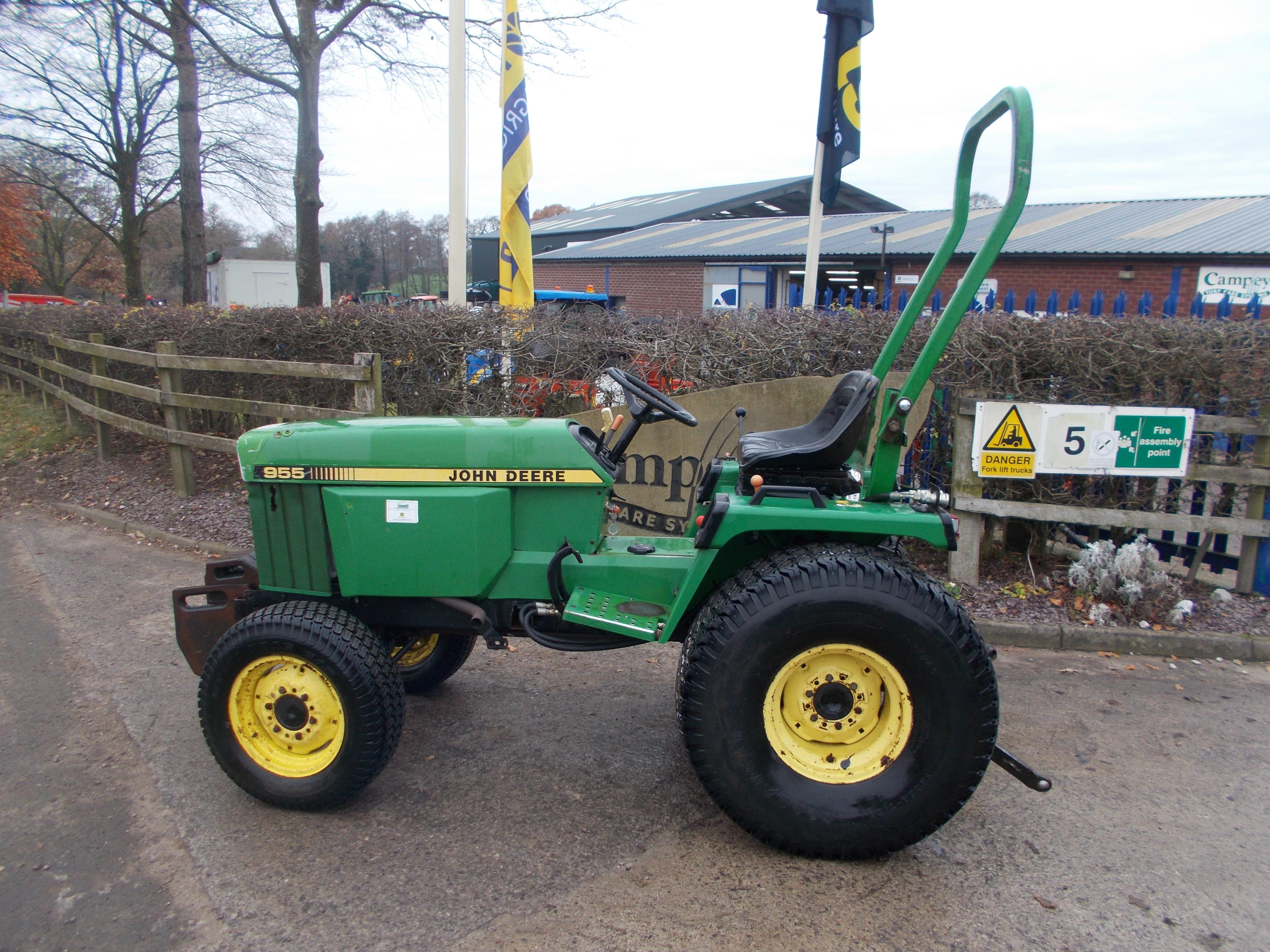 John Deere 955 Tractor U3804