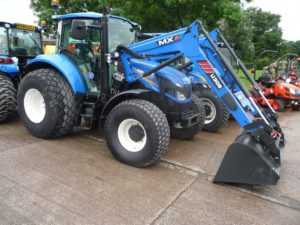 New Holland T5-105 Tractor with Loader - N6546