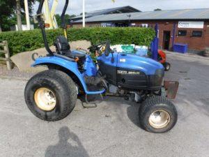 New Holland TC27D Tractor U4247