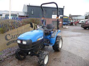 New Holland TC24D Tractor U4654