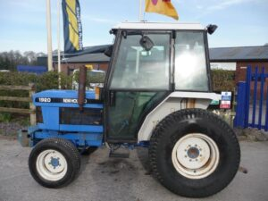 New Holland/Ford 1920 Tractor U4663