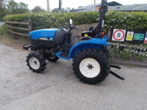 New Holland TC24D Tractor U4413