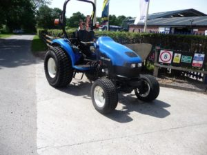 New Holland TC40D Tractor U4502
